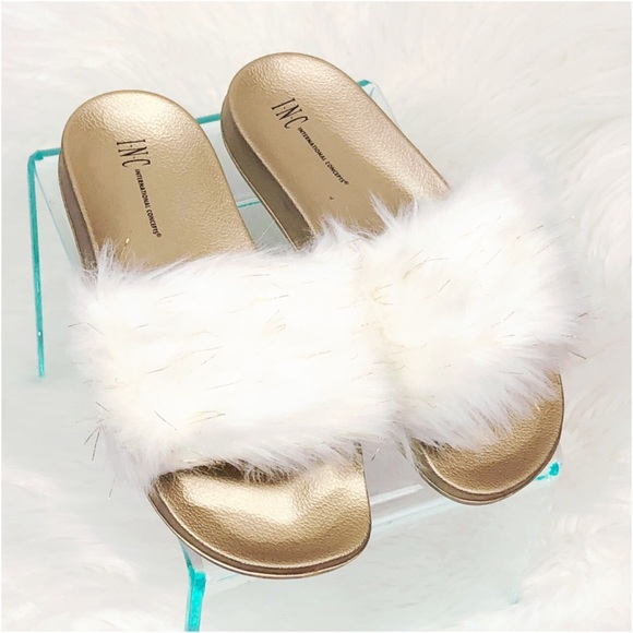 INC International Concepts Women/'s Embellished Faux-Fur Slippers Light Blue